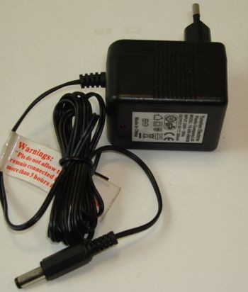 Alimentatore a max 1 ampere 220 volt BIZA013