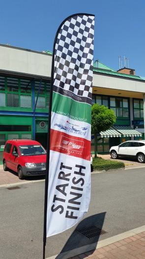 RACING FLAG START AND FINISH